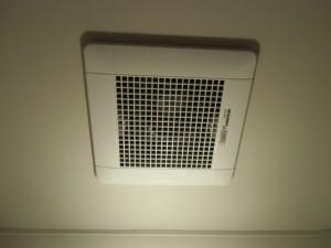 4.完工 トイレ換気扇